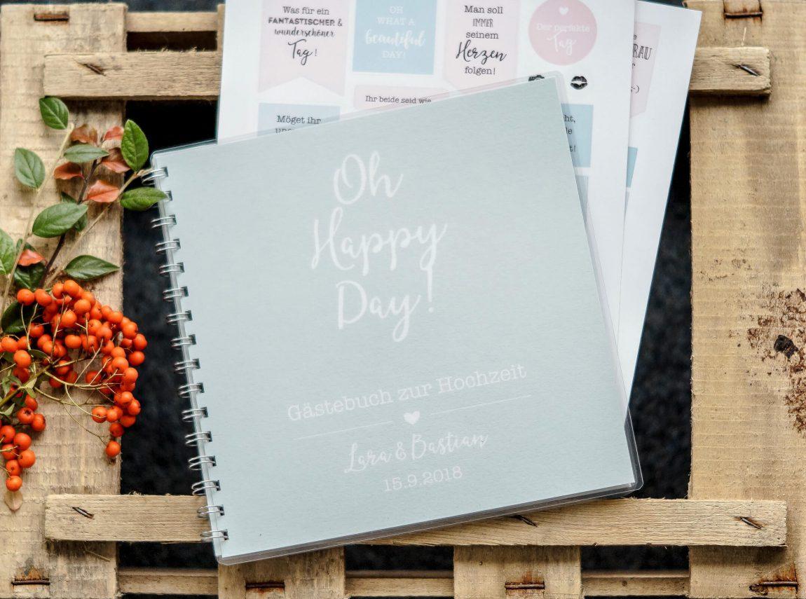 Hochzeitsgästebuch mit Stickern und Fragen