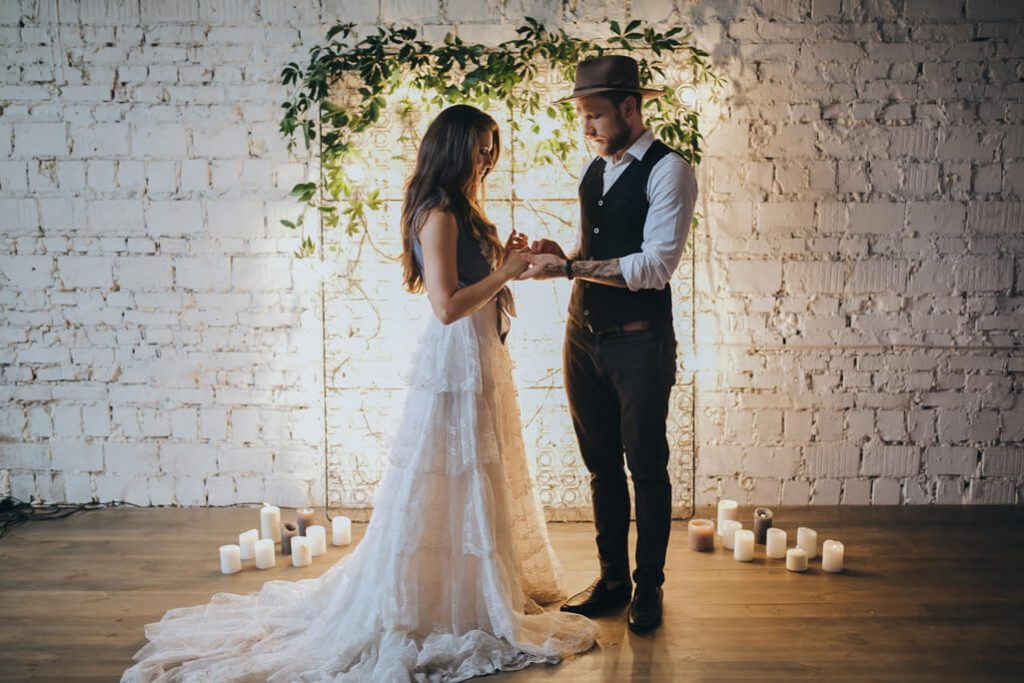 Zeremonie - Die Gäste genießen die Hochzeit
