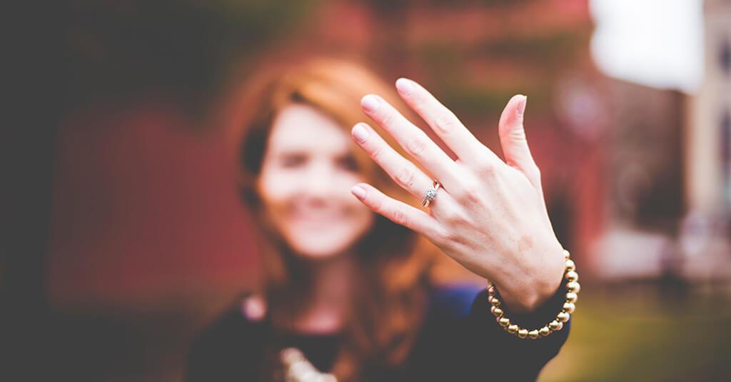 Checkliste Hochzeit - Verlobungsring