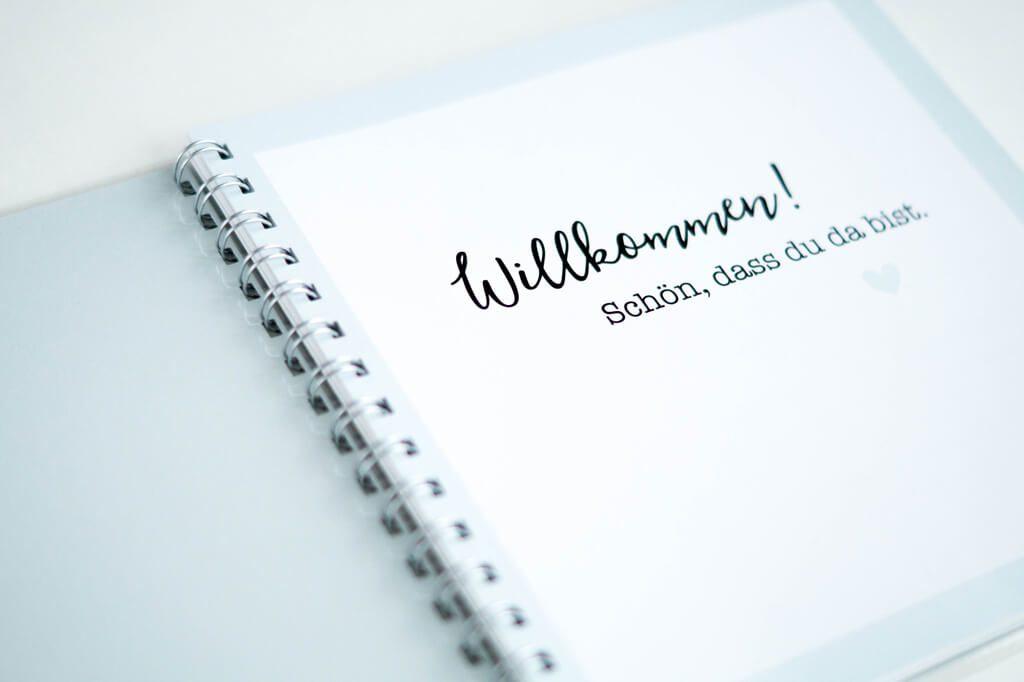Hochzeitsgästebuch mit Fragen und Stickern