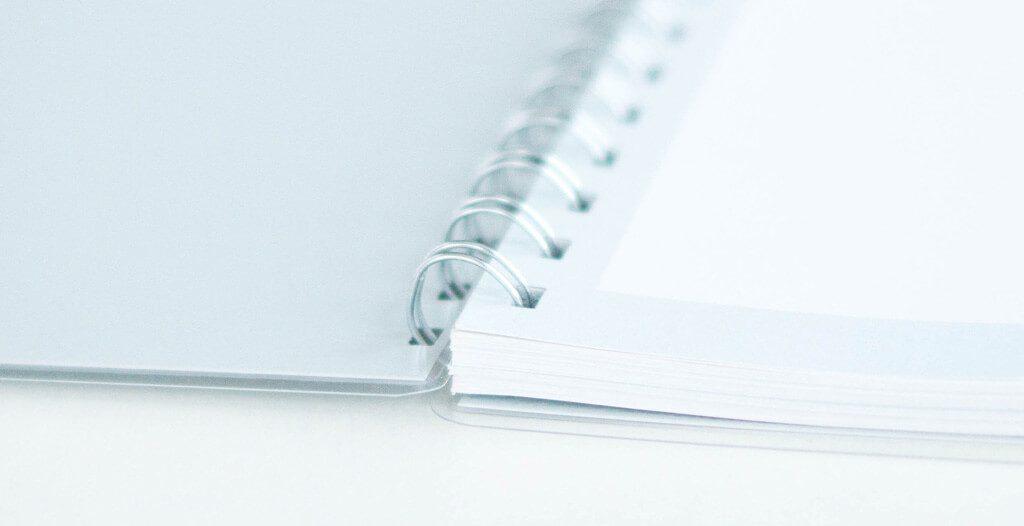 Spiralbindung - Gästebuch mit Stickern und Fragen von FlitterBOOK
