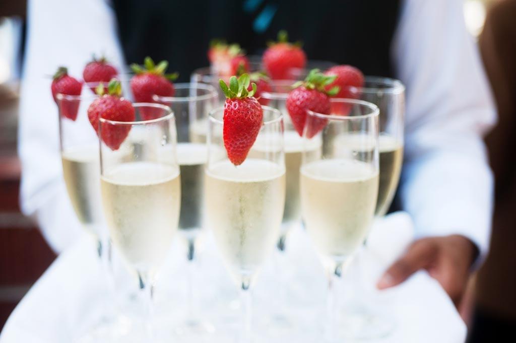 Checkliste Hochzeit - Essen, Trinken, Musik