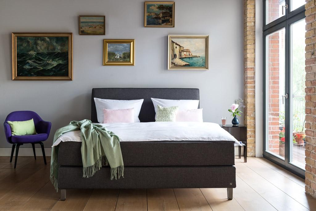 und dann kam die frage des ehe bettes flitterbook. Black Bedroom Furniture Sets. Home Design Ideas